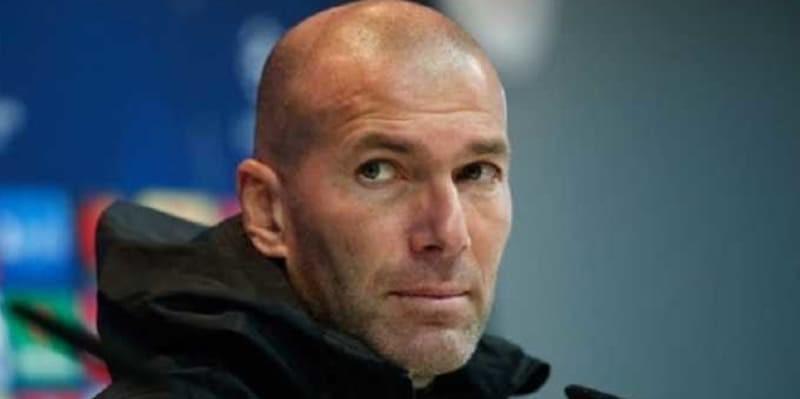 PSG Mulai Mengoda Zinedine Zidane