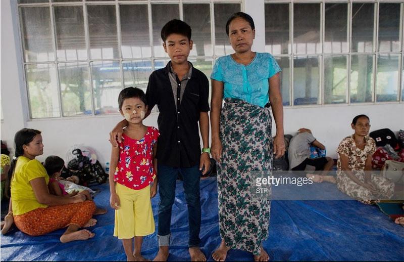 Foto warga etnis Rakhine di pengungsian