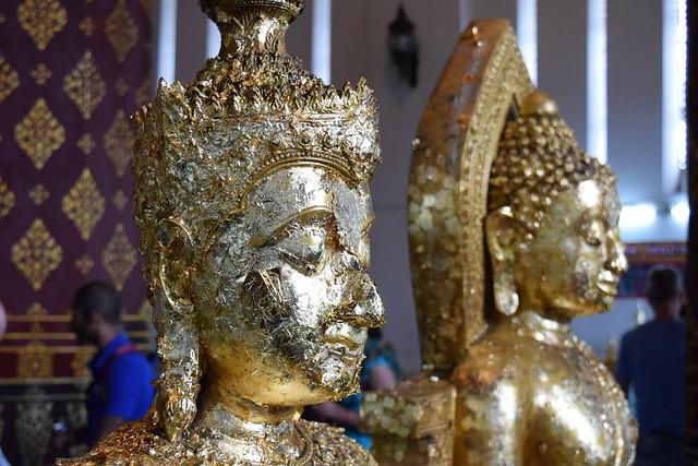 金箔貼り付けられまくり系仏像