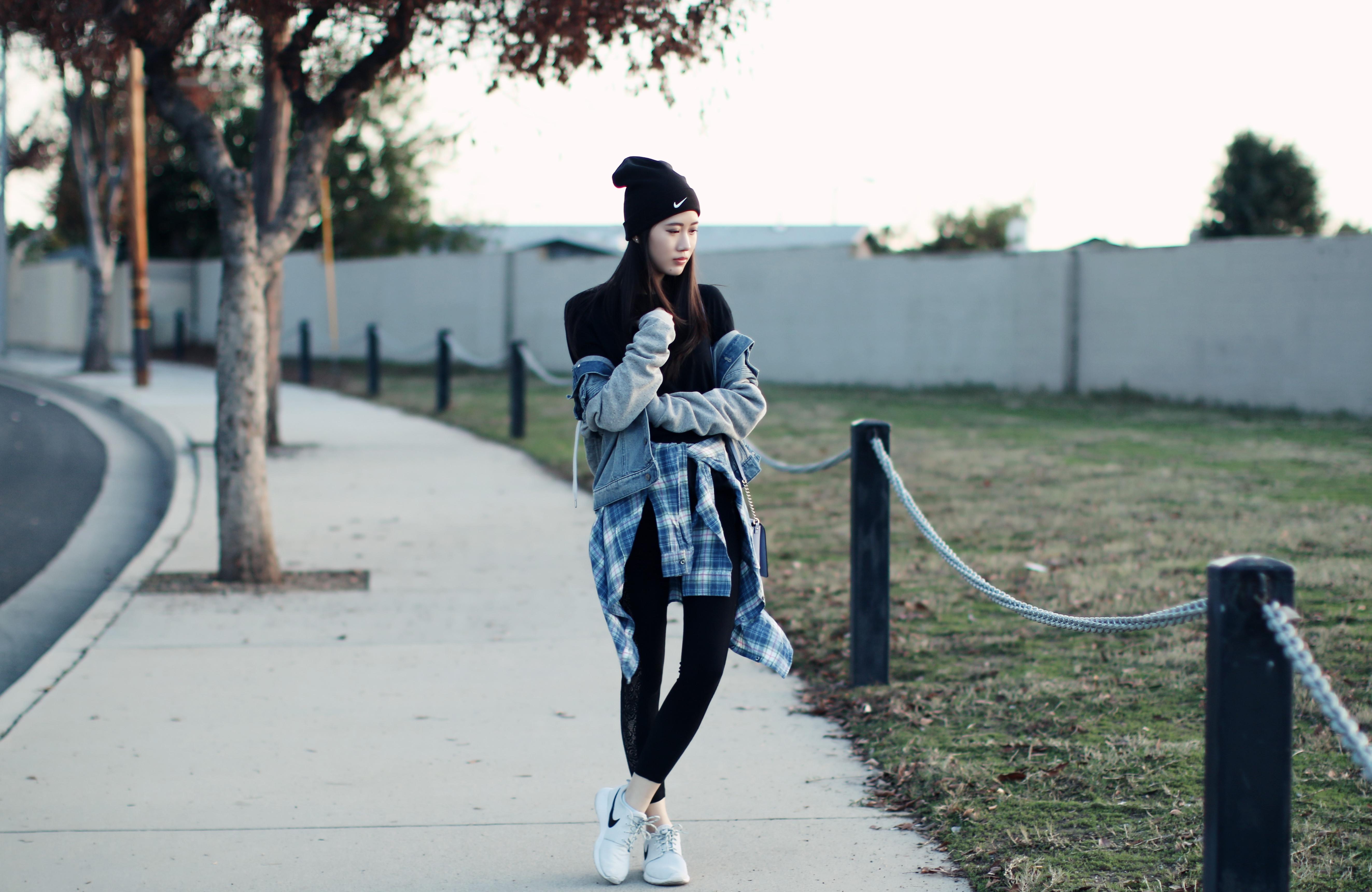 4313-ootd-fashion-style-outfitoftheday-wiwt-streetstyle-urbanoutfitters-hm-f21xme-nike-elizabeeetht-clothestoyouuu
