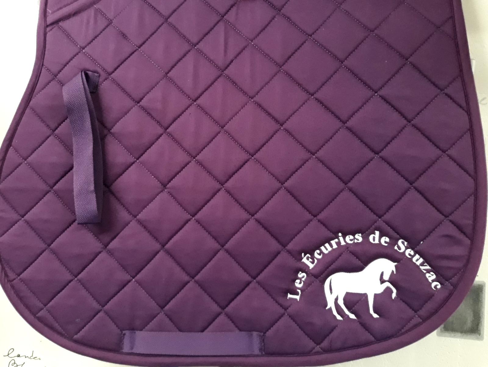 Tapis avec logo centre équestre