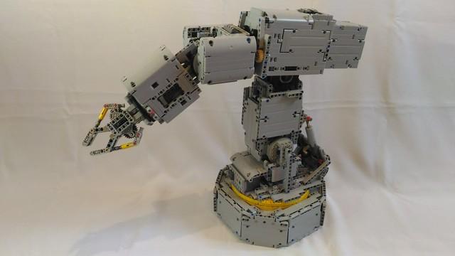 LEGO® MOC by Braker23: 6 DOF Robot Arm