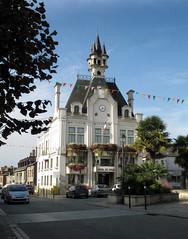 Hotel de Ville, Saint Meen - Photo of Gaël