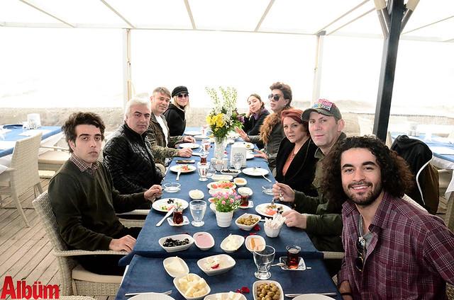 Sakın Diyorum Sakın- yolculuk öncesi kahvaltı keyfi - Alanya-Yılmaz Morgül- Ahmet Çevik