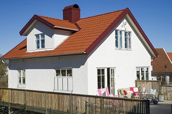 10 color pastel house