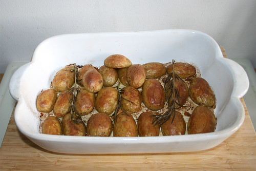 54 - Rosemary potatoes - Finished baking / Rosmarinkartoffeln - Fertig gebacken