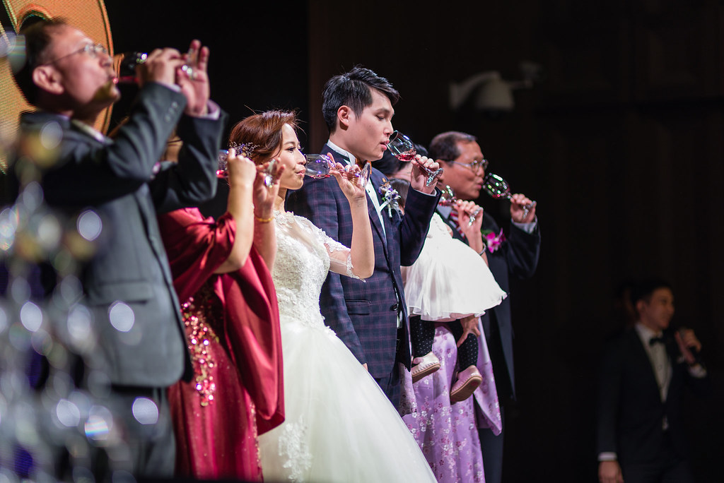 台中婚紗拍攝,台中婚攝,找婚攝,婚攝ED,婚攝推薦,意識影像,婚紗攝影,台中市婚禮拍攝,中部婚禮攝影,婚紗,edstudio,萊特薇庭,