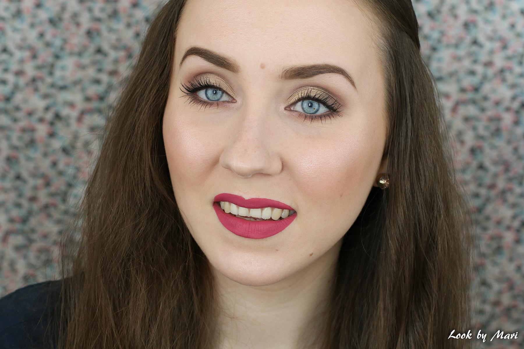 1 holiday makeup gold brown tutorial ideas inspo inspiration eye makeup blog