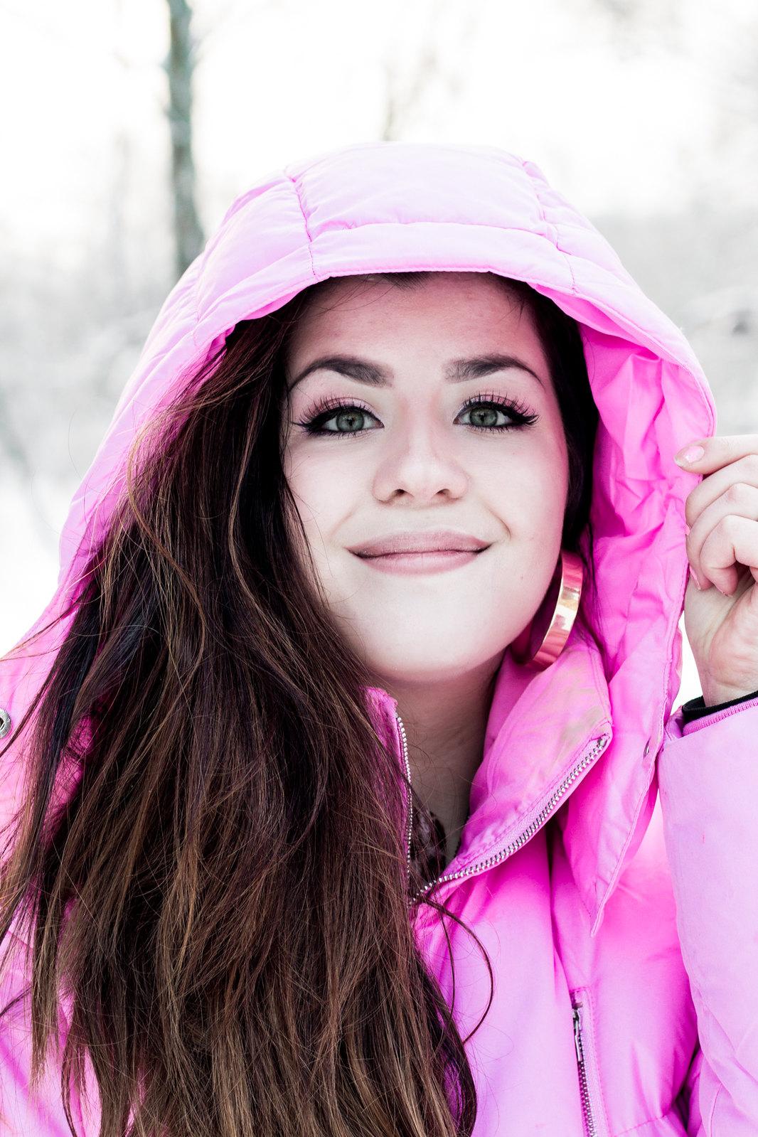 pinkkilumi16
