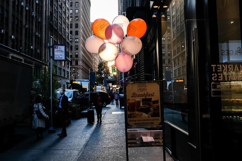 Walk In New York - NYC 2017 - Breakfast In Manhattan