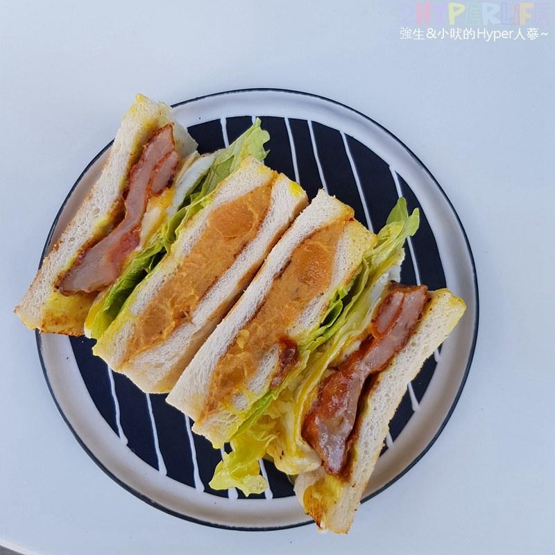 翻白眼女孩炭烤三明治_餐點 (2)