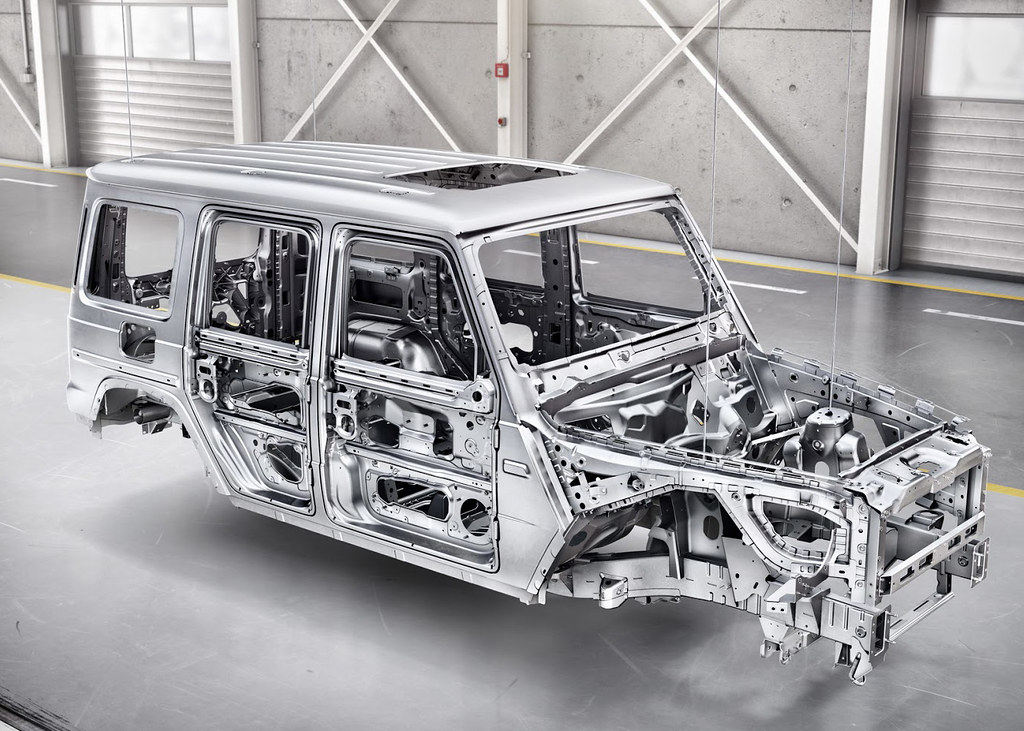 2019-Mercedes-Benz-G-Class-005