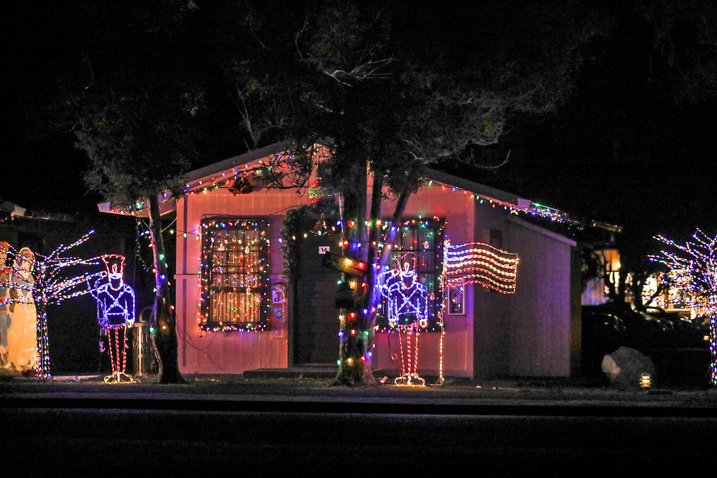 Patriotic Christmas Lights.Patriotic Christmas Lights Christmas Lights Decorate Cabin