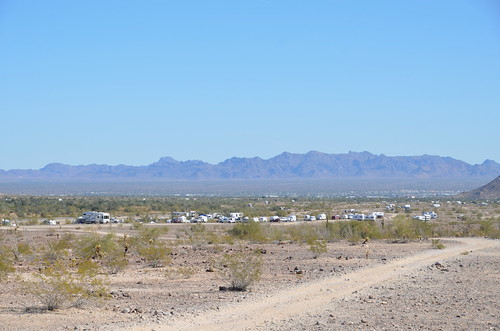 Quartzsite - Fiberglass RV bunch