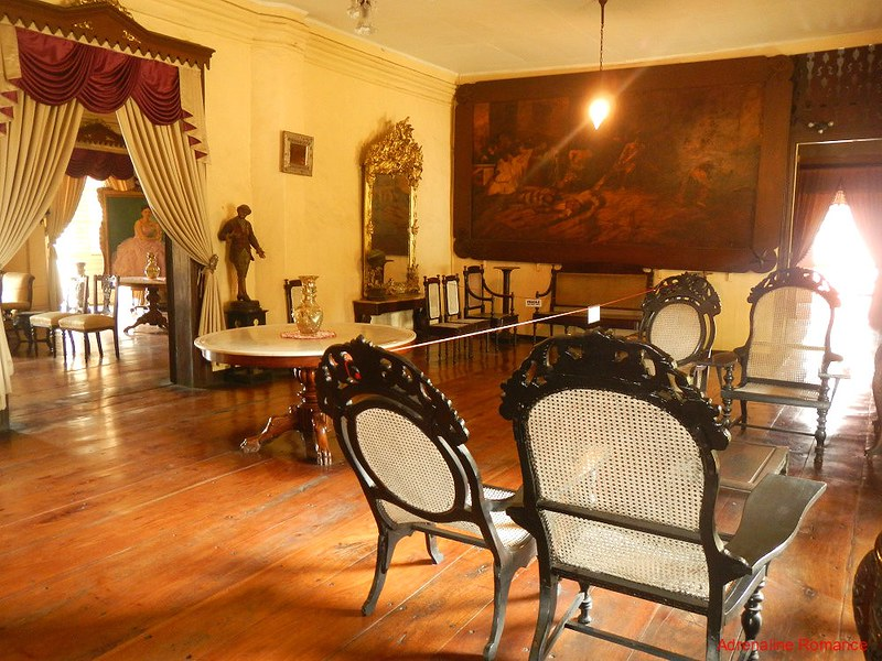 Receiving area, Syquia Mansion