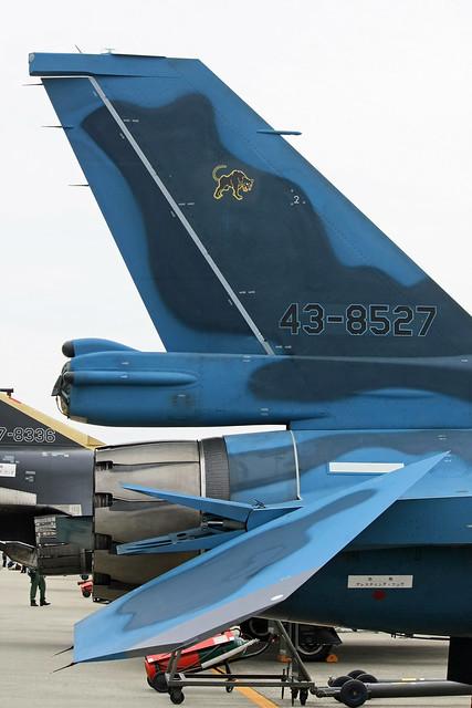 第8航空団 第8飛行隊 F-2A 43-8527 IMG_3363_2
