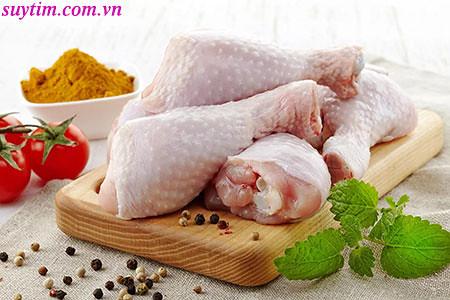 Người bệnh nhồi máu cơ tim nên ăn thịt gà bỏ da