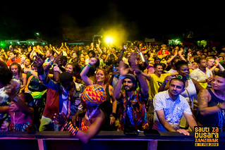 Ribab Fusion (Morocco) audience at Sauti za Busara 2018 (photo Peter Bennett)