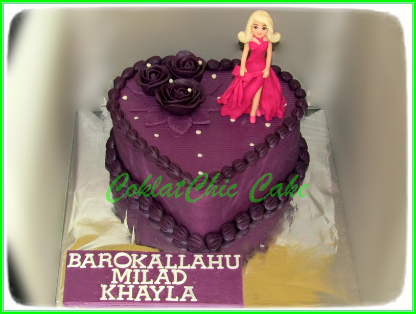Cake bentuk hati Barbie KHAYLA 15 cm