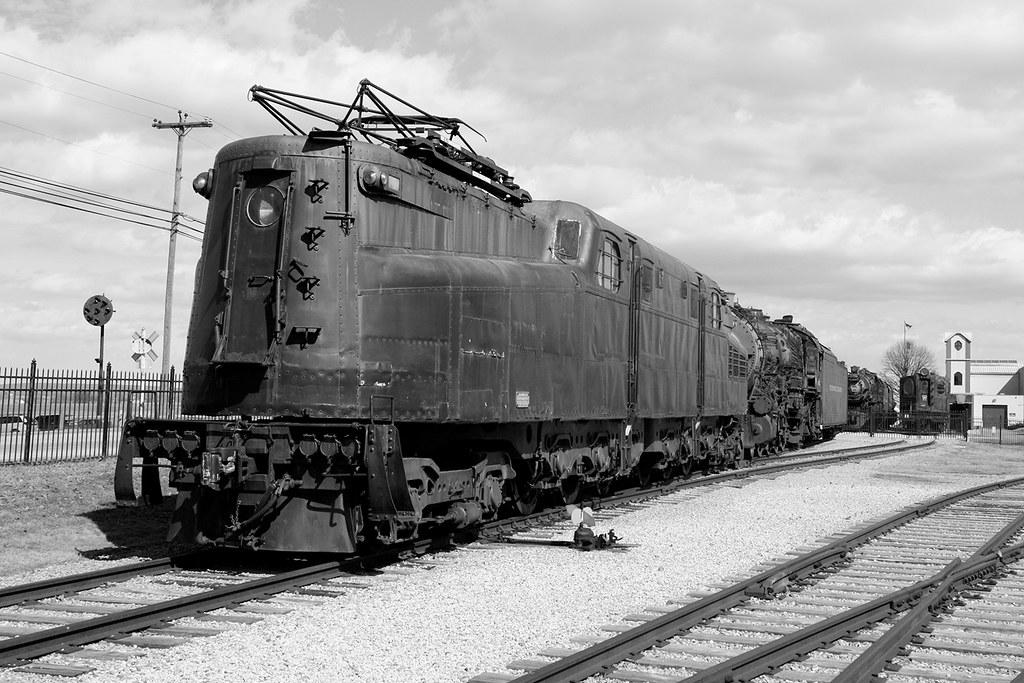 Train-Yard-8bw