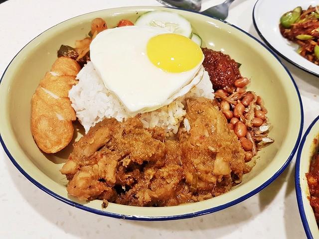Nasi Lemak With Rendang Chicken