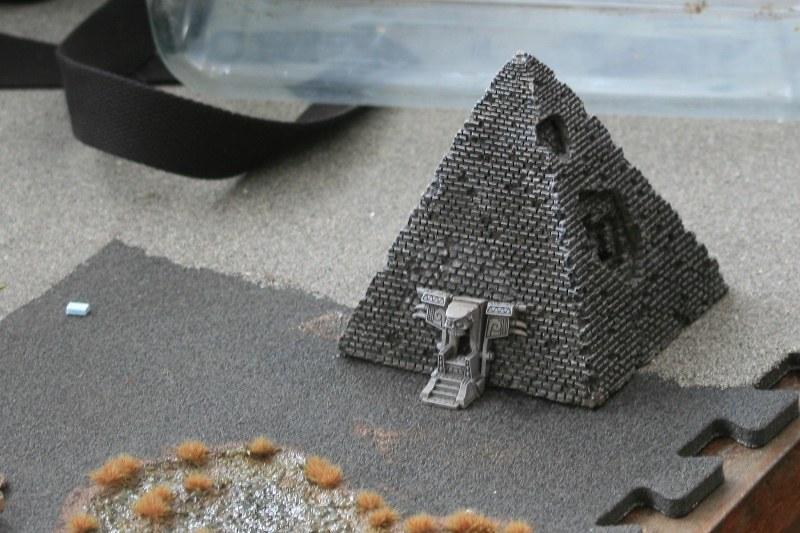 [Décors Aquarium] Une pyramide 39693393031_687653ddb2_c