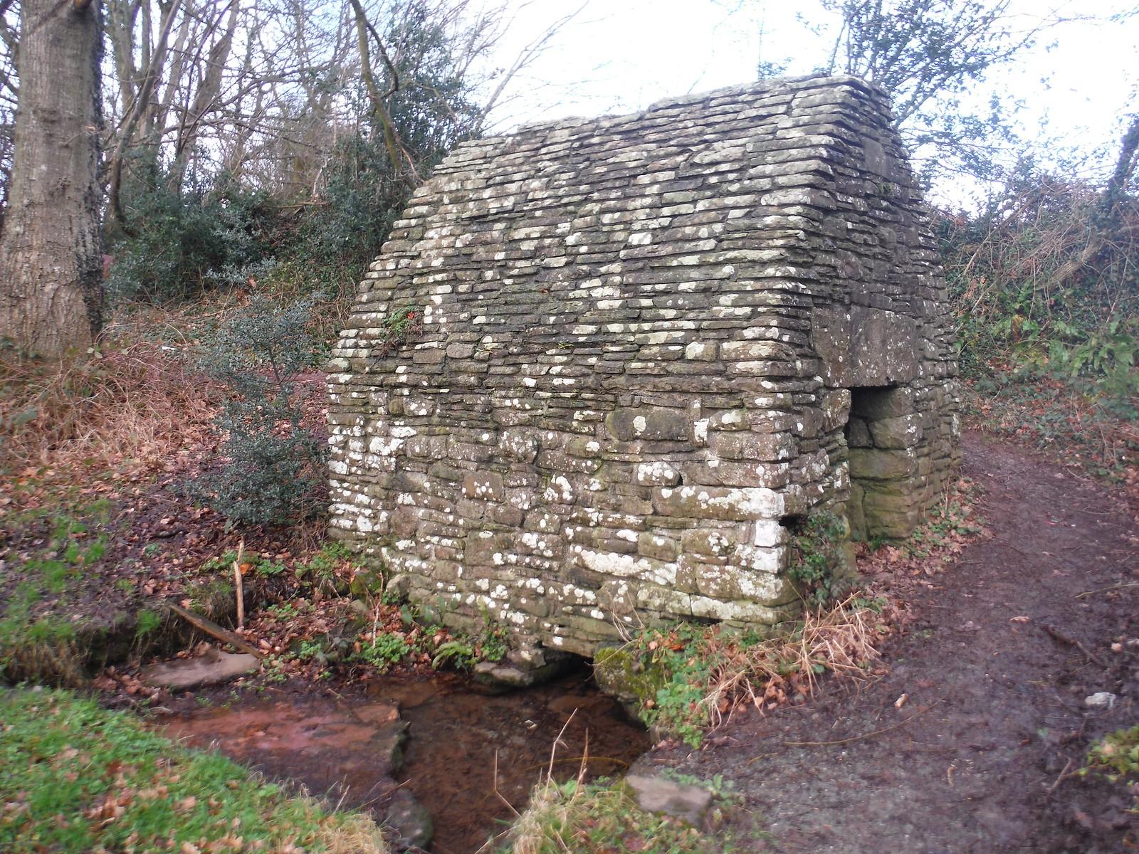 Ffynnon Maen-du Covered Well SWC Walk 306 - Brecon Circular (via Y Gaer, Battle and Pen-y-crug)