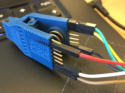 Color code spi flash chip soic-16