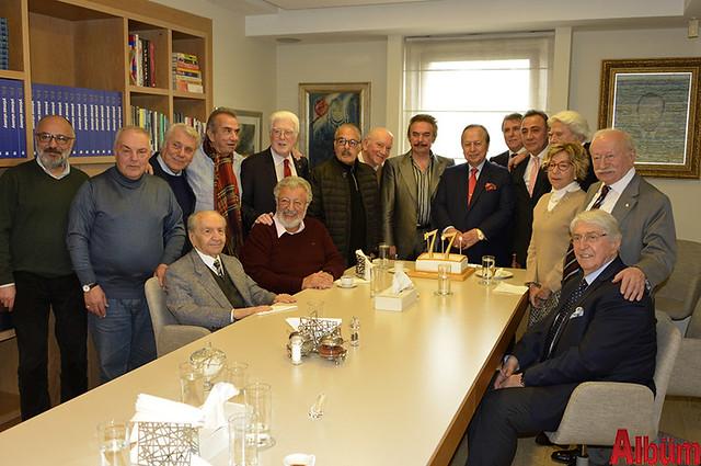 Yılmaz Ulusoy 77. yaşını dostlarıyla kutladı -4