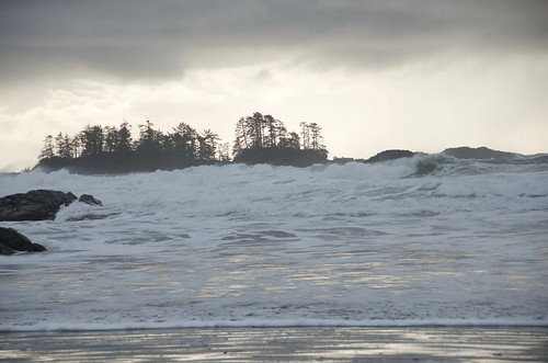 Tofino - big waves