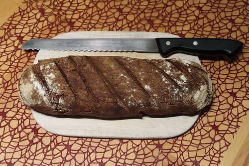 Das erste von meinem Mann gebackene Roggenbrot (ganz)