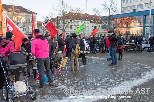 160218_Schwerin_AFD_Buergerdialog_Protest_Veranstaltung (1)
