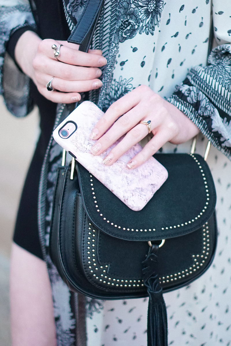 CaseApp: Fashion for Your Phone