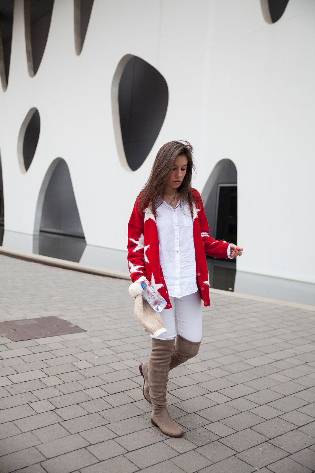 red cardigan supreme nails rüga collection theguestgirl the guest girl stars cardigan style steve madden over the knee shoes fiji water spain barcelona fashion week