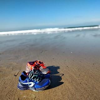 Quand on part pour un footing sur la plage à Siouville un jour d'été (whaaat?!) #Siouville #Ete #OuPas #Baskets #SansMesBaskets