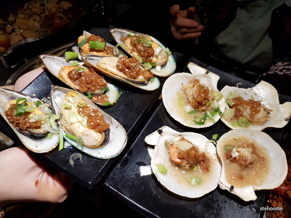Garlic Scallops and Garlic Mussels