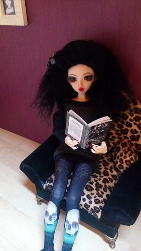 Dark ladies - Carmen, petite sorcière p.16 - Page 10 39421481534_b2e074e938