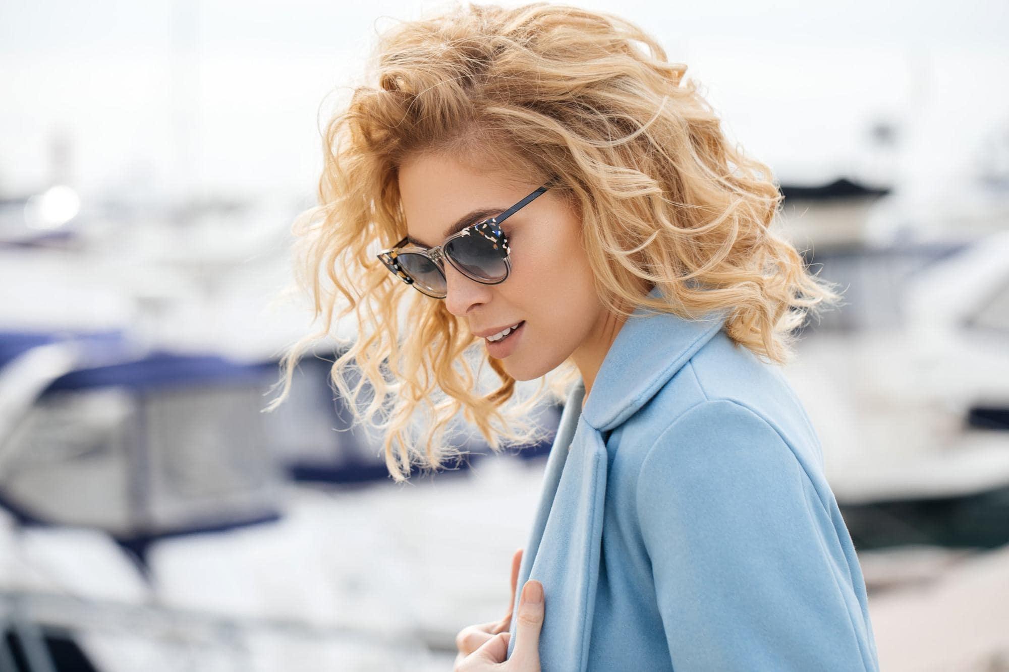 Create Vintage Curls Styles-Get The Hollywood Look! 4