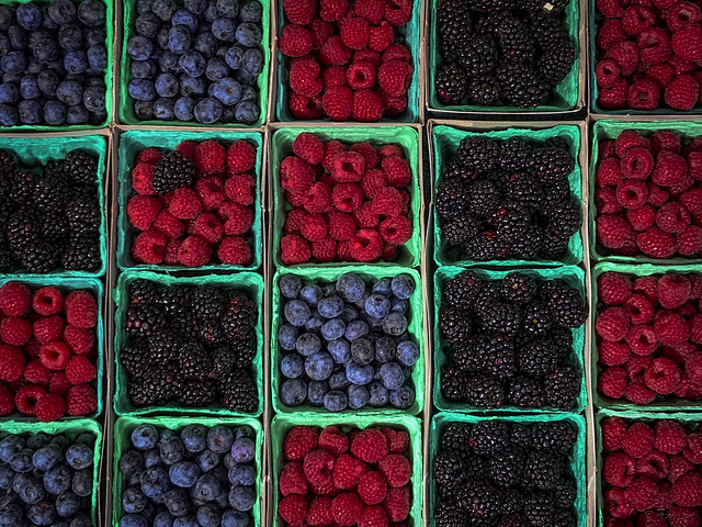 Farmers market berries