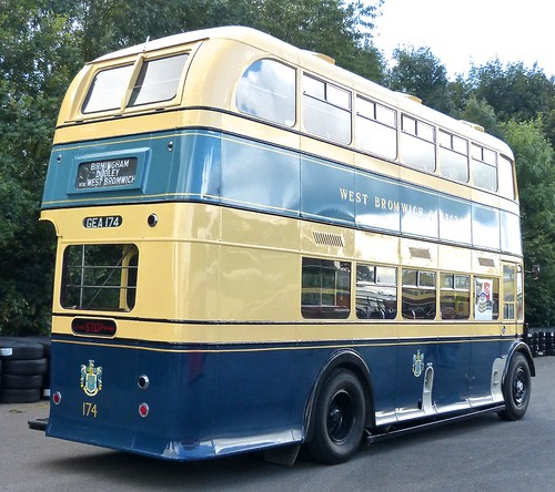 GEA 174 'West Bromwich Corporation' No. 174. Daimler CVG6 / Weymann /4 on 'Dennis Basford's railsroadsrunways.blogspot.co.uk'