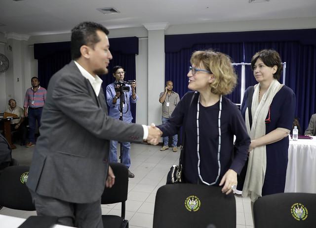 Consejo de Seguridad Ciudadana y Convivencia presenta resultado del Plan El Salvador Seguro a relatora de la ONU