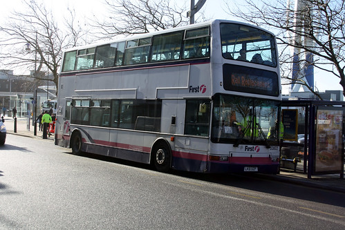 First Hampshire & Dorset 33002 LK51UZP