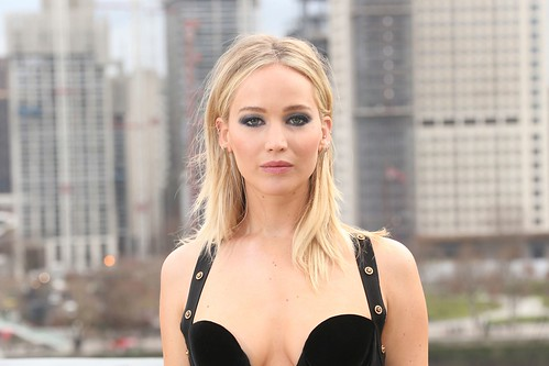 Jennifer Lawrence slams 'utterly ridiculous' controversy surrounding her Versace dress