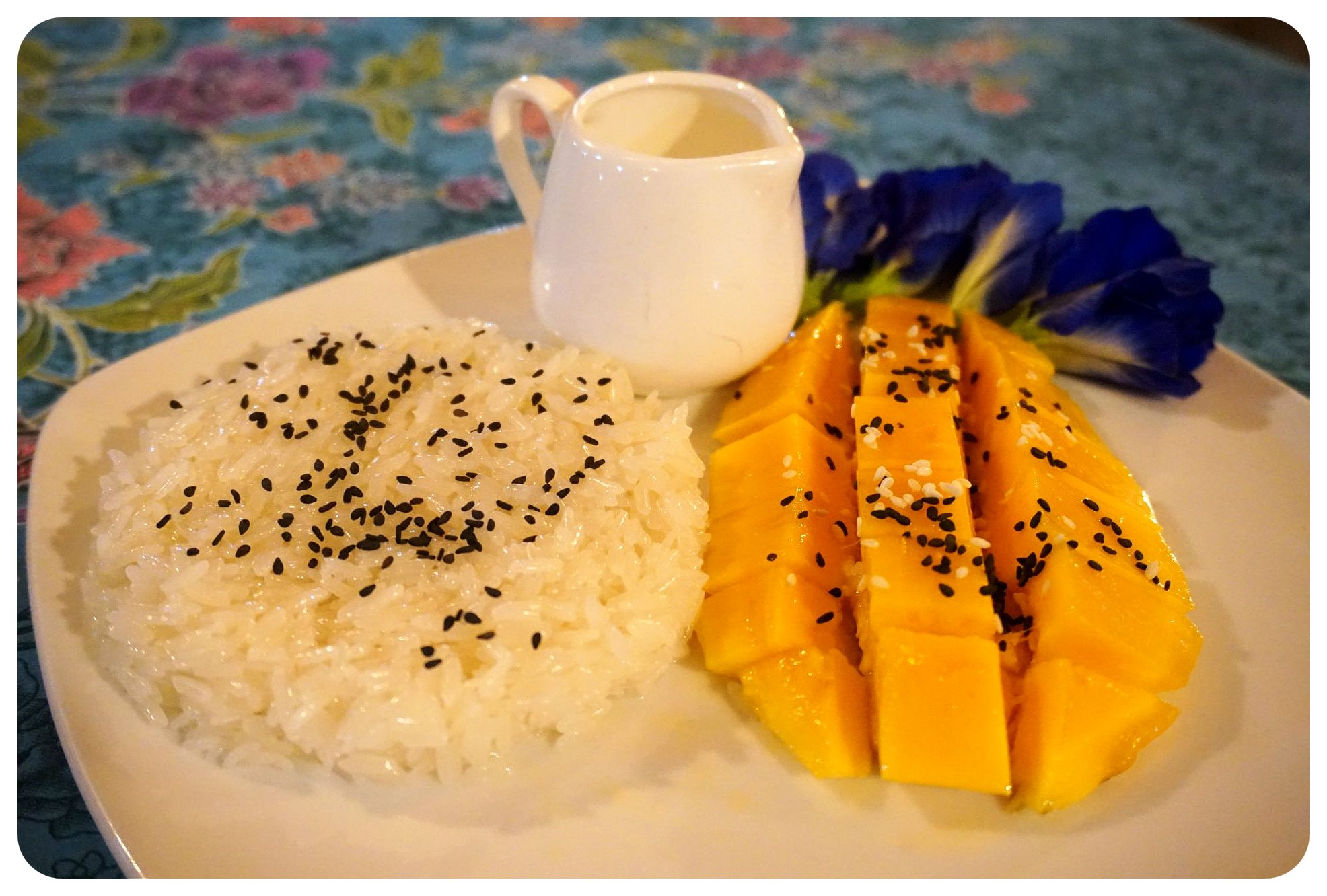 thailand mango and sticky rice
