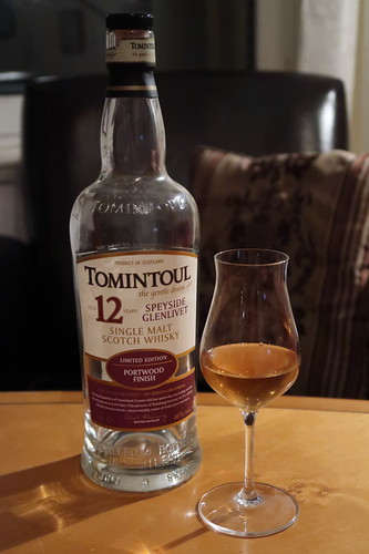 Letztes Glas vom Tomintoul (Single Malt Scotch Whisky  12 Years Port Wood Finish)