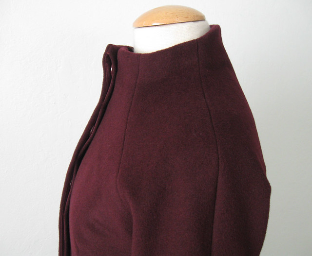 H coat side shoulder seams