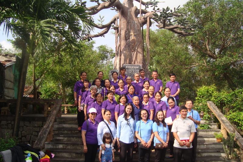 Hiệp Hội MTGTT Thủ Thiêm hành hương trở về Nguồn Cội là Giáo Phận Mẹ Qui Nhơn