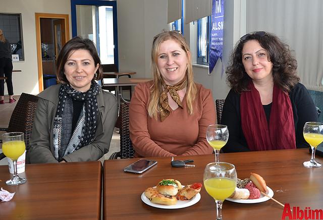 Hayriye Yılmaz, Ayşe Çetinkaya, Semra Pınar
