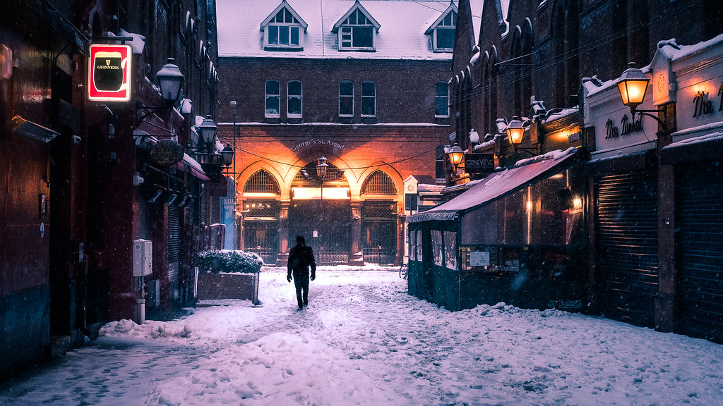 Walking in the snow, Dublin, Ireland picture