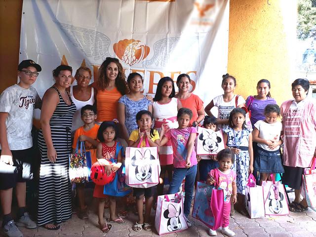 Visita Mujeres en Movimiento Quintana Roo casa hogar San José
